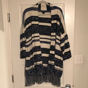 Lucky Brand Sweater - Large